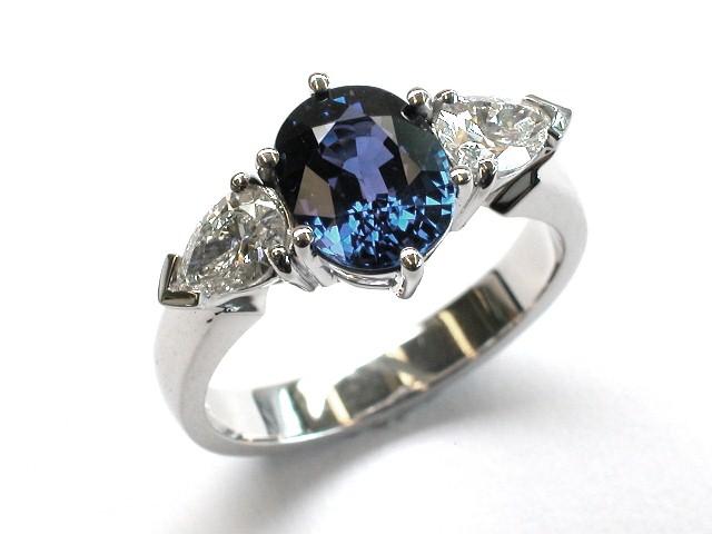 Sapphire-Diamond-White-Gold-Ring